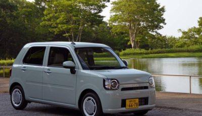 """新型軽自動車ミラトコット。ミラココアの後継モデルだが、実質的には全くコンセプトの異なるクルマとして登場した。写真はG""""SA III"""""""
