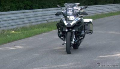 BMWモトラッドの無人で走る自走式バイクのプロトタイプ