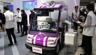 マクニカのブースに展示された「アカデミックパックPRO」。ヤマハの電動カートをベースに自動運転が可能(オートモーティブワールド2019)