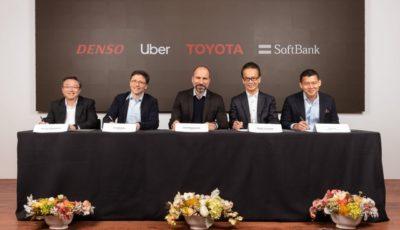 デンソー、ウーバー、トヨタ、ソフトバンク・ビジョン・ファンドの各首脳