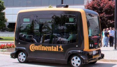 コンチネンタルの無人の自動運転車「ロボタクシー」のテスト車両