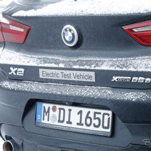 BMW iX2 スクープ写真