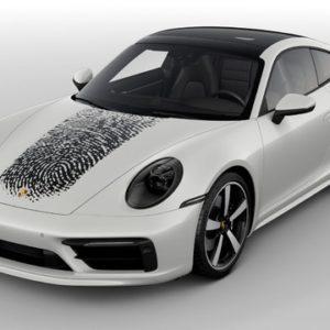 ポルシェ 911 新型の指紋を車体に印刷できるカスタマイズプログラム
