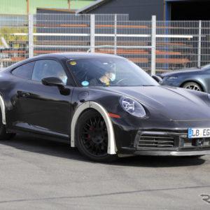 ポルシェ 911 謎の開発車両(スクープ写真)