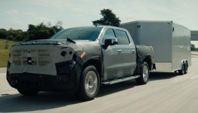 GMC シエラ の2022年モデルに導入される最新の「スーパークルーズ」